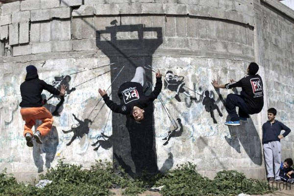 Parkour Kids in Gaza – The Guardian and Banksy